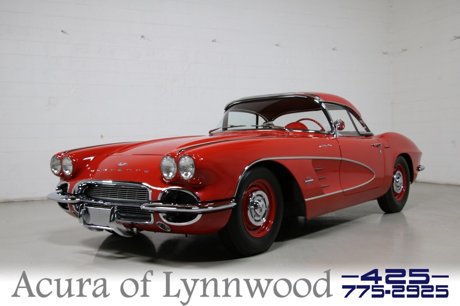 Pre-Owned 1961 Chevrolet CORVETTE